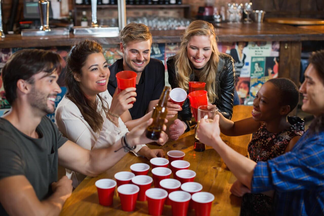 happy friends drink